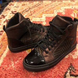 QUAZI High top sneakers size 36 Euro 6 US